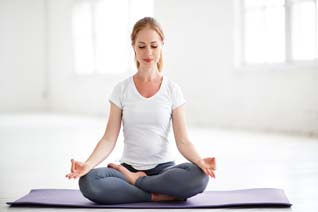 Haftpflichtversicherung Yogalehrer - Die günstige Berufshaftpflicht Yogalehrer. Mit der Yogalehrer Versicherung richtig versichert.